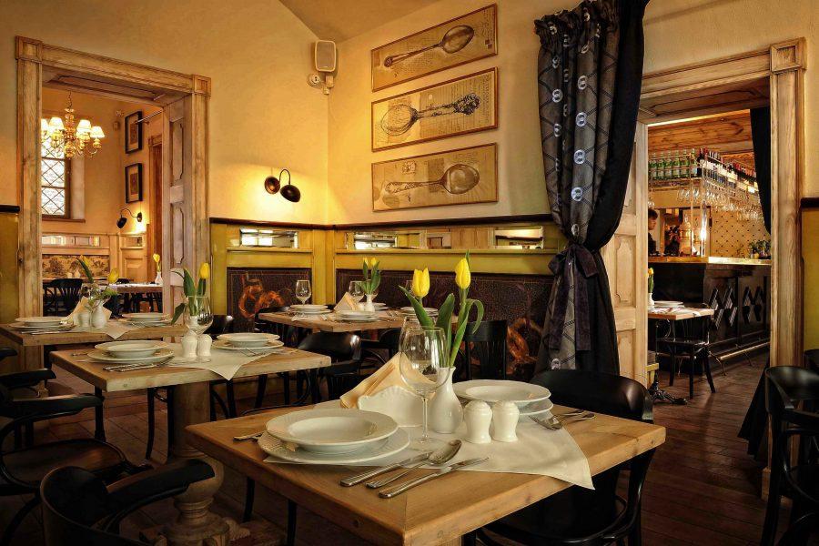 Godziny otwarcia restauracji w okresie świątecznym