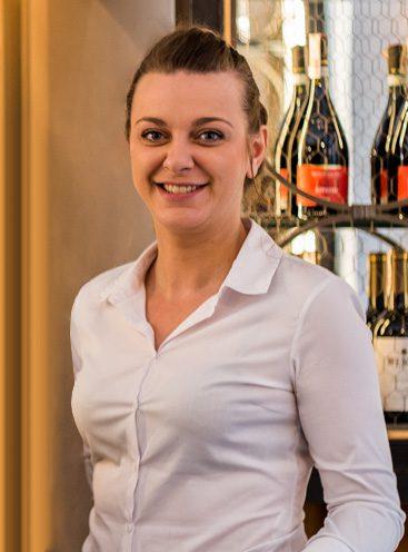 Martyna Pechińska | MANAGER